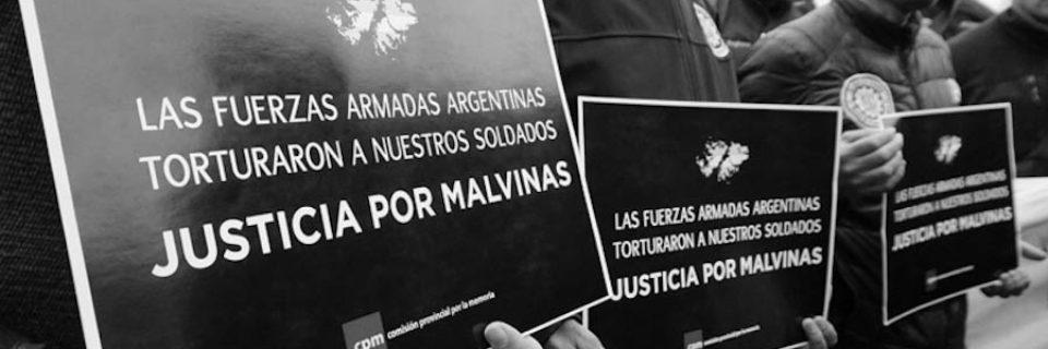 """""""Las Malvinas son argentinas, los torturadores también""""."""