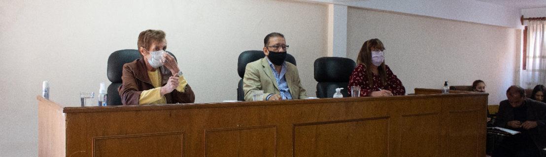 Se inhibió el presidente del Tribunal y se suspende el debate