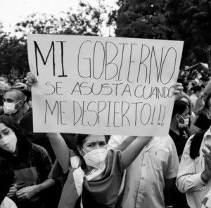 """""""Todos los días, hasta que renuncien"""": Paraguayxs mantienen las movilizaciones"""