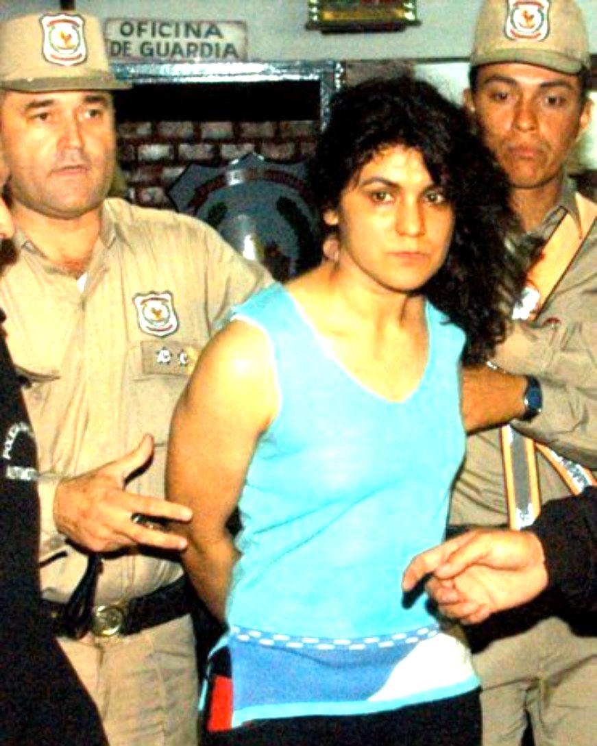 Dramático mensaje de la compañera Carmen Villalba, del Ejército del Pueblo Paraguayo desde la cárcel del Buen Pastor, luego del ajusticiamiento de 8 militares. Se teme por su vida. Comunicado de la Gremial de Abogados.