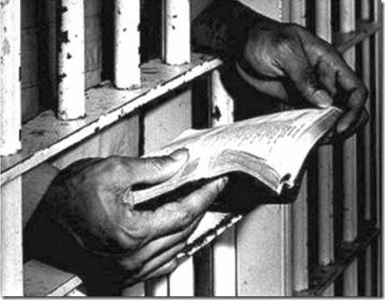 La cárcel en la universidad/ la universidad en la cárcel/ Puán 480 – Aula 129/ 16 de Mayo, a las 19:30